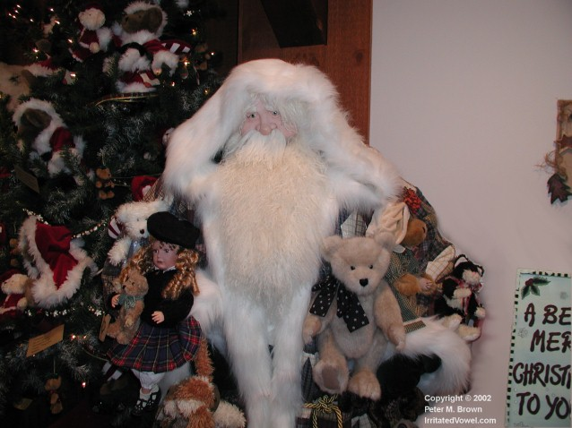 Boyds Santa with Toys (Preview)
