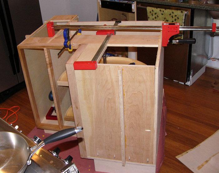 Corner Lazy Susan Cabinet Installed - Pete Brown's 10rem.net